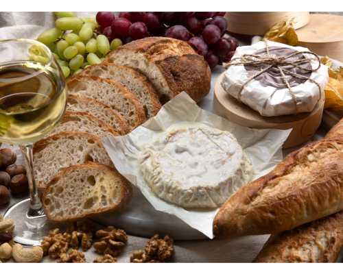 Сыр Испанский с белой плесенью из козьего молока, на развес