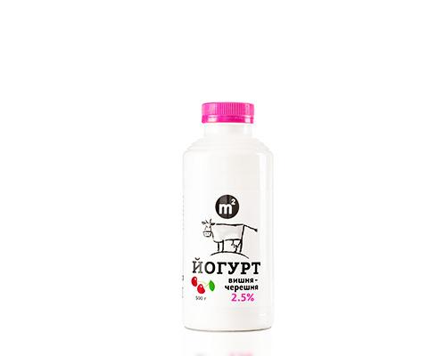 Йогурт питьевой 2,5% вишня - черешня, 500 г