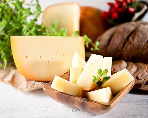 Сыр голландский копченый