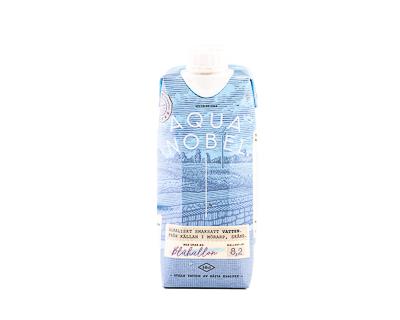 Вода минеральная со вкусом ежевики, 500 мл